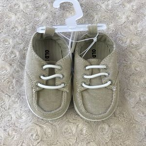 Old Navy Baby Boy Shoes Tan White 3-6 Months New
